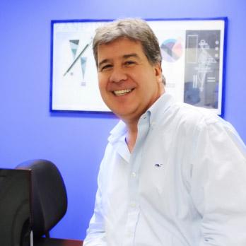Mauricio Salmón